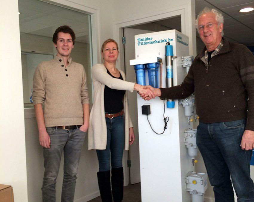 Snijder Filtertechniek uit Hasselt doneert filters voor de watertanks
