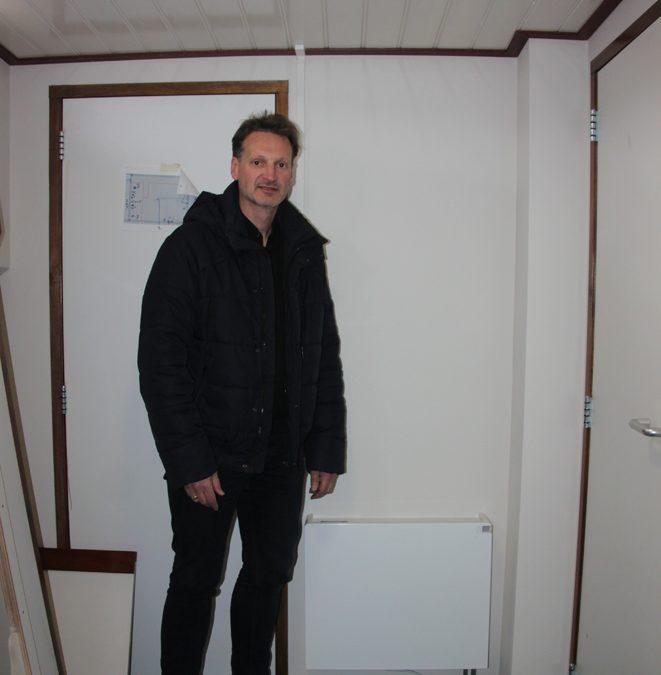 Radiatoren, cv-ketel en boiler aangesloten op het schip
