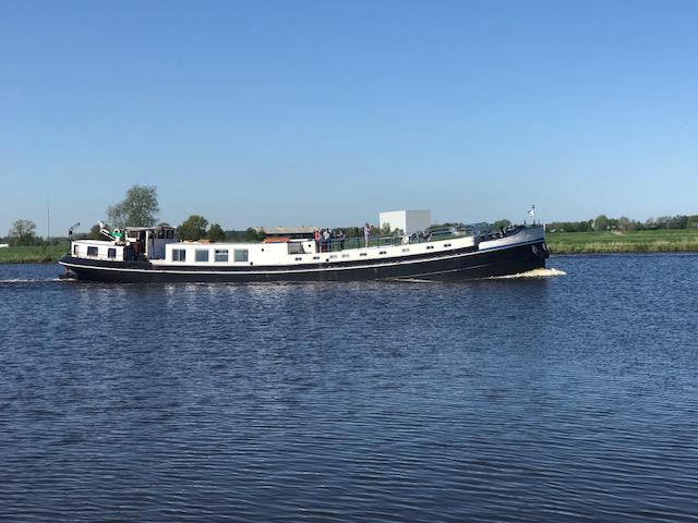 Derk Bonsink, Yachtpainting financiert ramen en kachel
